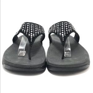 869087e613896f Fitflop Shoes - FitFlop Black Leather CHA CHA Thong Sandals